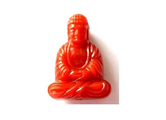 3 Vintage beads Budha shape cognac color, 25mm height