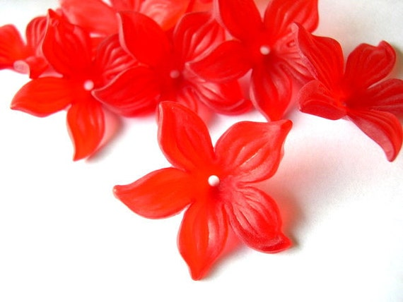 15 Flowers beads vintage frosted red lucite 26mm