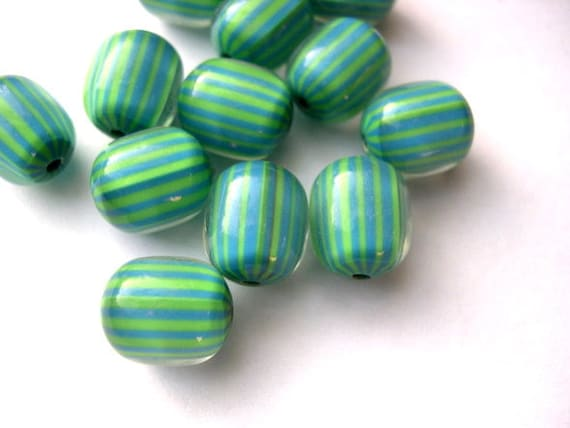 SALE-15 Vintage beads green with blue lines lucite plastic 12mmX10mm
