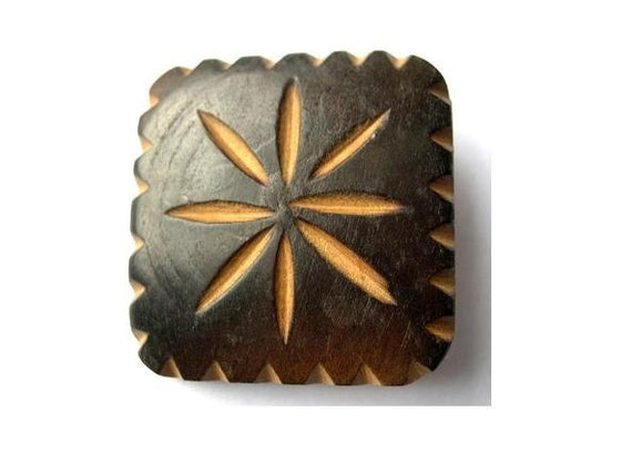 5 Buttons, vintage wood buttons carved ornament square, unique 30mm