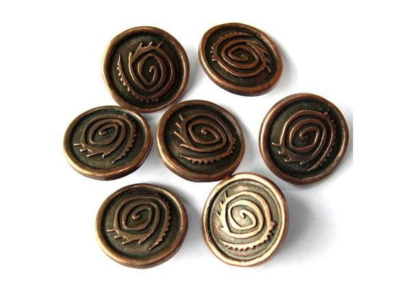 5 Vintage buttons, metal copper color etched ornament 18mm