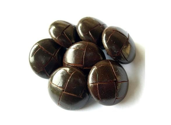 Vintage Leather Buttons 58