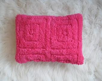 lush happy fucia pillow cover 12x16