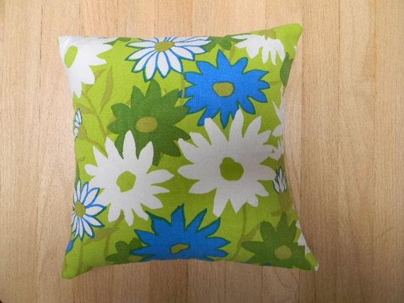 vintage mod flower pillow cover 16x16
