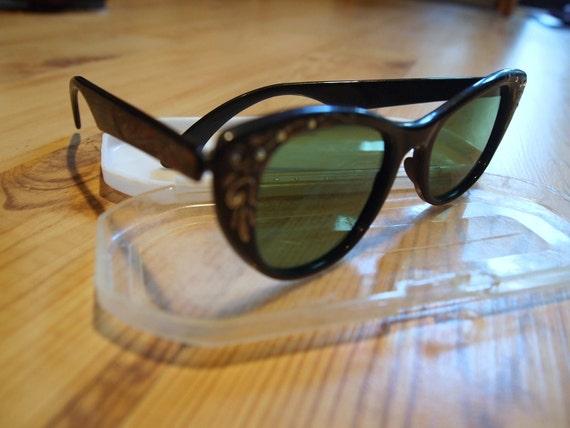 Vintage 50s Rhinestone Cats Eye Sunglasses