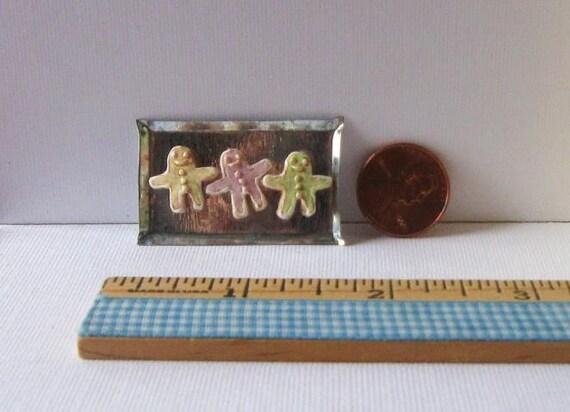 1/12 Scale Miniature Handpainted Gingerbread Men Cookies