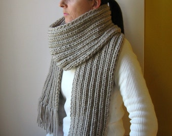 Beige Scarf, Chunky Knit Scarf, Scarf with fringes, Wool Scarf, Long Scarf, Mens Scarf, Womens Scarves, Winter Scarf, Hand Knit Scarf