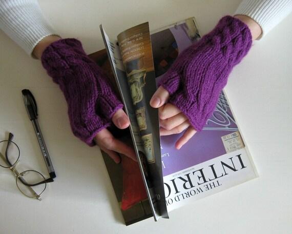 Fingerless Gloves Knitted in Purple Acrylic Wool
