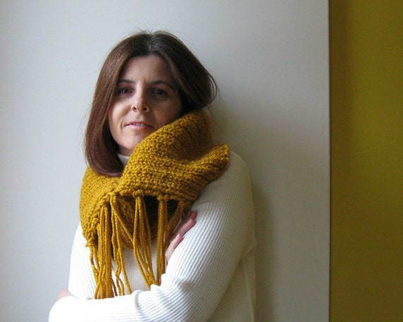 Chunky Cowl with Fringes Knitted in Yellow Acrylic Wool Blend Yarn