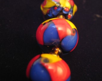 PRIMARILY tWisTeD - Set of 5 lampwork beads - Includes Focal bead - Great for handmade gifts