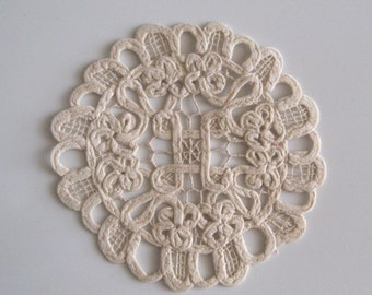 Ecru Cotton Doilies - 7 inch - 6 pieces