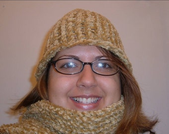 Tan Chenille Hat and Scarf Set