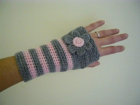 Fingerless gloves hand warmers Crochet PDF Pattern by yoghi911