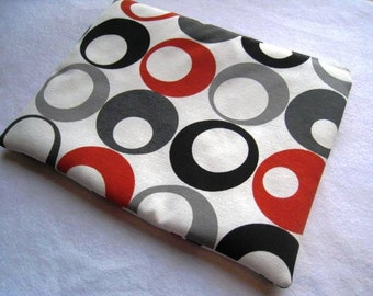 """Retro Circles - Macbook 13"""" Air or Macbook 13 Inch Pro - Laptop Case - Laptop Sleeve - Cover - Bag - Padded and Zipper Closure"""