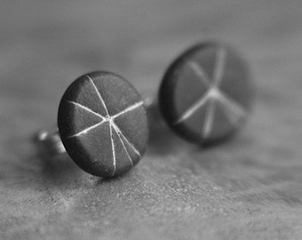 Starburst post earrings in Slate