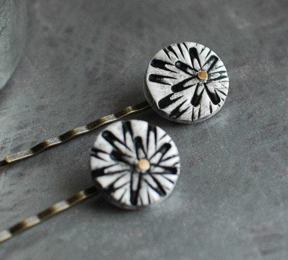 SALE Chrysanthemum bobby pins