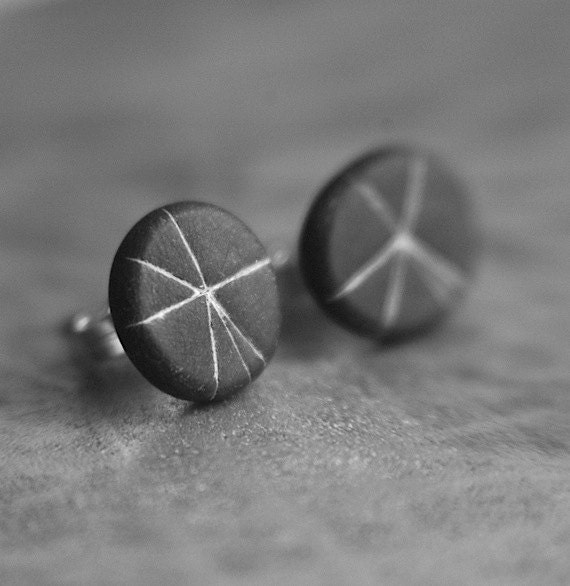 Starburst post earrings in Slate