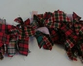 Primitive Red Green Homespun Swag Garland Prim 30 inches