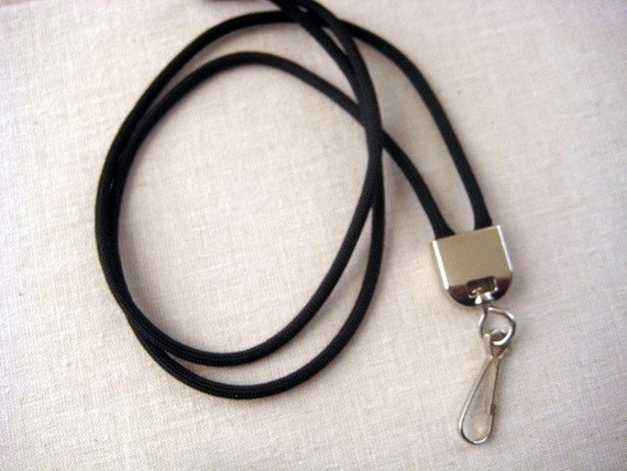 Paracord 550 simple lanyard with silver tone by arizonaskies for Easy paracord lanyard