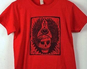 Winged Tattoo Skull - Women's T-Shirt on Red - Size Medium