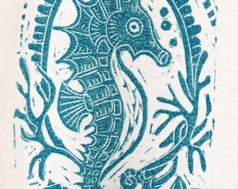 Seahorse Emblem - Men's T-Shirt on White - Size Medium