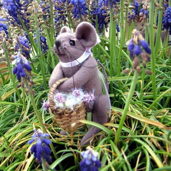 Primitive Mouse Doll,  Flower Basket