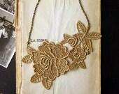 lace necklace -MIRIELLE- (saffron)