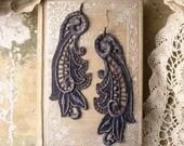 lace earrings -CALLISTA- grey