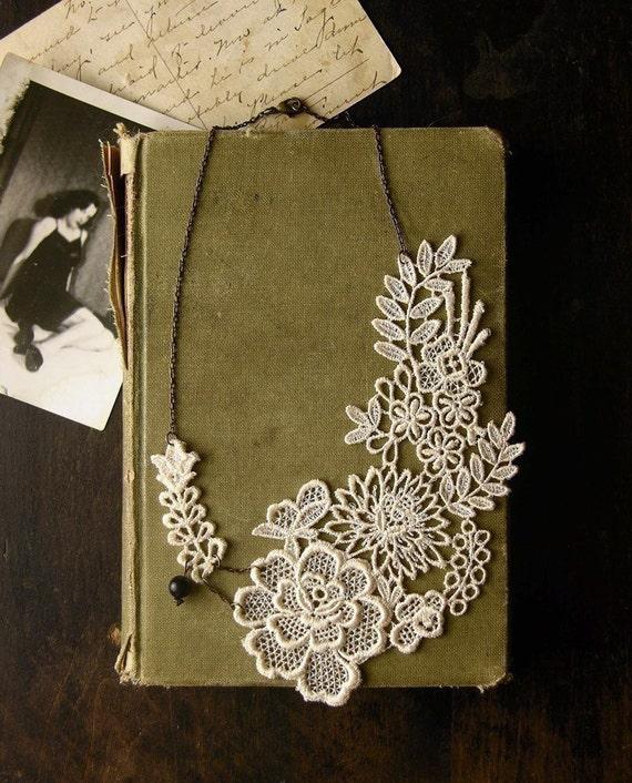 lace necklace - LUCIA-