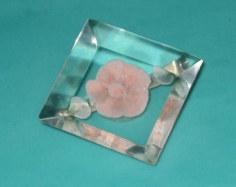 Only 5 Bucks....Vintage Clear Lucite Pink Flower Brooch Pin