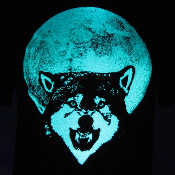 Full Moon Wolf glow in the dark tees unisex - pick your size!