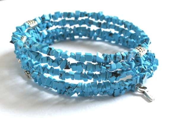Turquoise memory wire bracelet, blue beaded bracelet with key charm