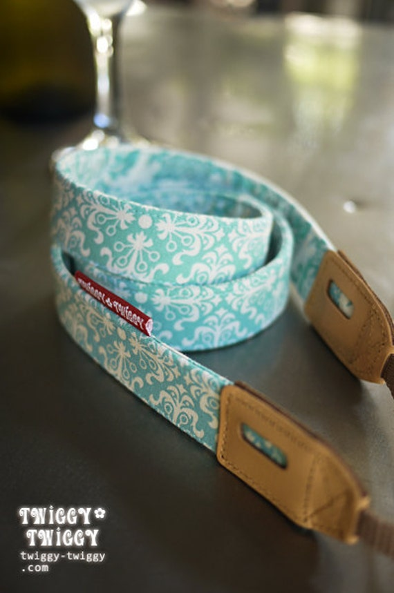 Twiggy-Twiggy Camera Strap Baby Blue Wallpaper Leather