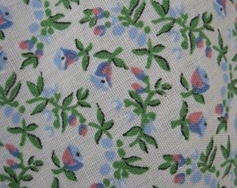 vintage fabric - little flower buds - 70s -  2 yds