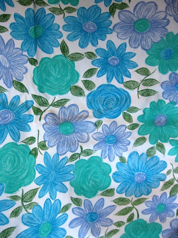 vintage fabric - 2.5 Yds -  Vintage 60s Cotton Fabric - mod floral