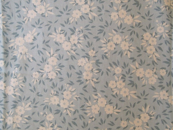 Decorator Fabric Home Decor Upholstery Drapery Teal Aqua White Print 1 7/8 Yards