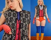 Black and White 70s Woven Diamond Fringe Knit Vest  /L
