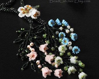 Garden in bloom bedwoven tie necklace