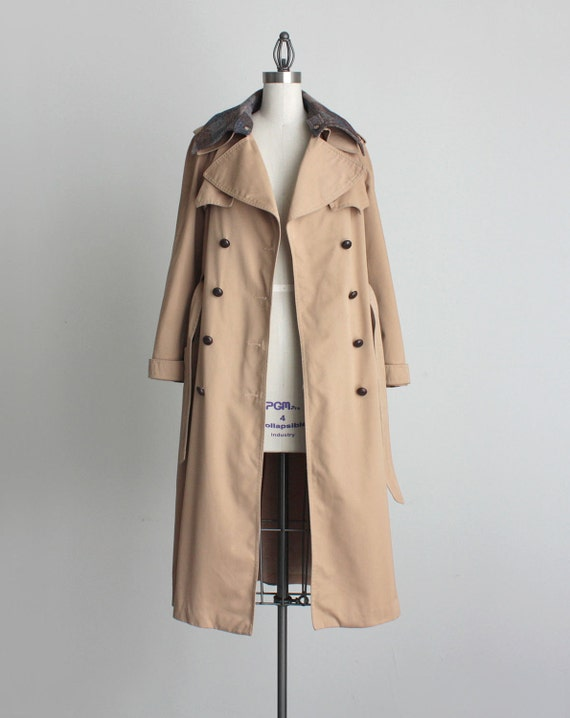 TRENCH PEA COAT 1980s Vintage Tan Peacoat With Removable Plaid Lining