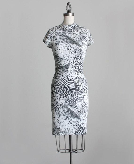 BODYCON DRESS 1990s Vintage Black And White Bold Animal Print Stretch Knit Grunge Mini Dress