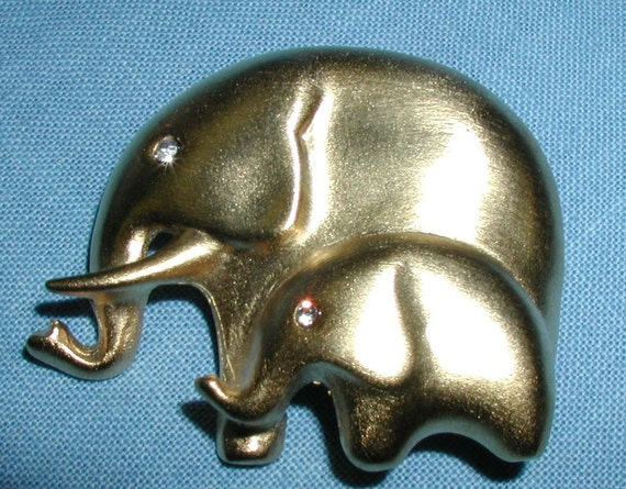 Fabulous Mother and Baby Elephant Button