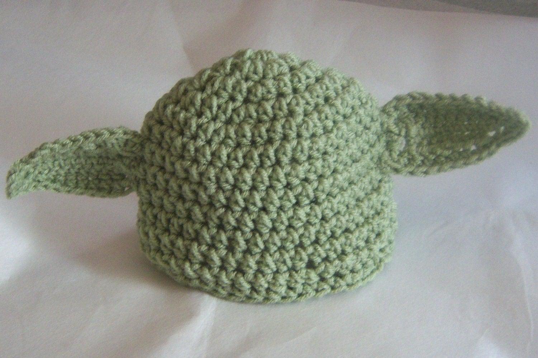 Newborn 0 3 months star wars inspired Yoda beanie by busybeadz