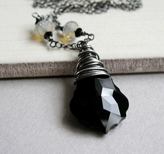 Black Swarovski Necklace -  Oxidized Silver -  Handmade Jewelry  -  Crystal Necklace - Swarovski Jewelry