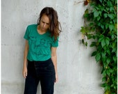 SALE - womens tshirt - XL - summer fashion - urban camel illustration on American Apparel emerald green tees - The Deserter
