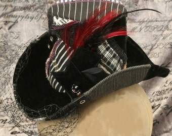 """black and white pinstripe """"mr bumble on crack"""" patchwork mini topper"""