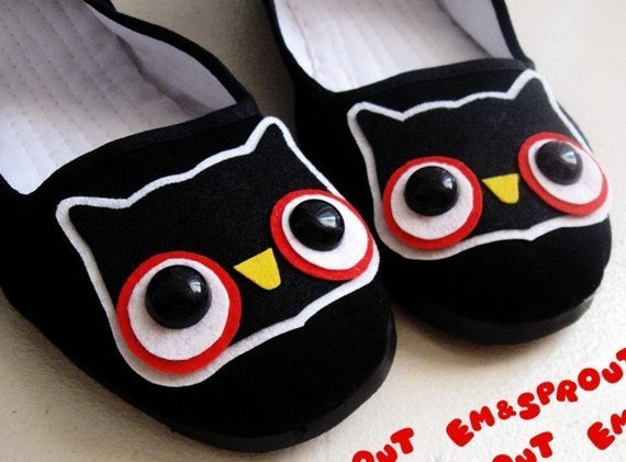 Cute Owl Mary Jane Shoes - size 11