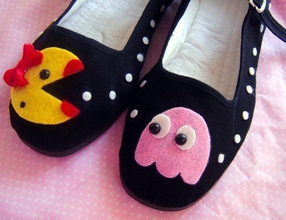 Ms Pac Man Mary Janes - Size 4