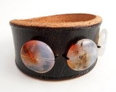 Brown Leather Bracelet with Crystal Agate Beads, Women'e Leather Jewelry, Handmade Leather Accessories, Rawhide