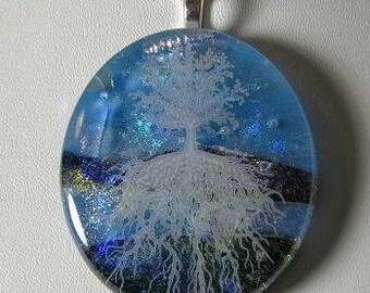 Dichroic pendant, Tree Of Life, white