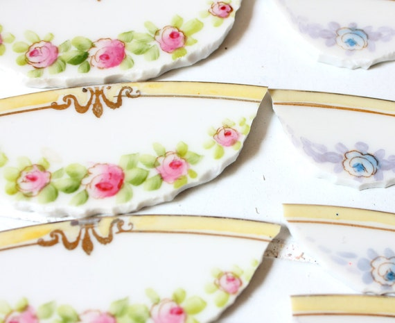 China Mosaic Tiles - Shabby Chic Roses  - Broken Plate - Mosaic Tiles Large pieces